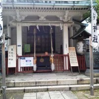 椙森神社の正面